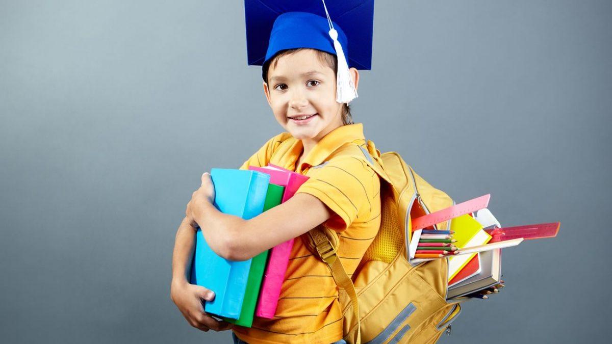 crianca-mochila